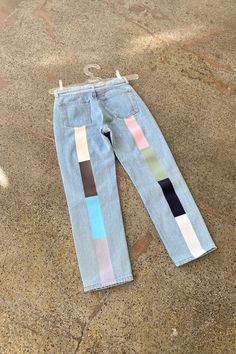 Custom Clothes, Diy Clothes, Fast Fashion, Fashion Outfits, Painted Jeans, Hand Painted, Paint Stripes, Textiles, New Wardrobe