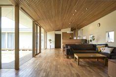 戸建 家 home wood 木造 平屋建 4人家族 木天井 小幅板天井 中庭 結設計