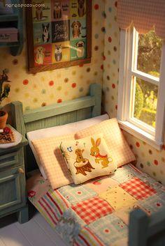 diorama for tiny dolls like betsy MC or lati yellow sizes :)