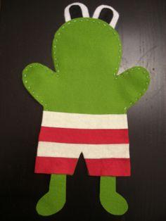 Kikker van vilt - juf Linda Frog Theme Preschool, Reading Projects, Winter Project, 4 Kids, Diy Toys, Puppets, Sewing Crafts, Crafts For Kids, Frogs
