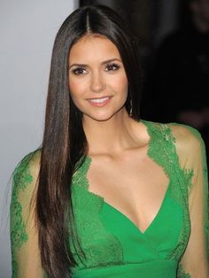 Nina Dobrev looks amazing with straight, shiny locks! I want her hair!