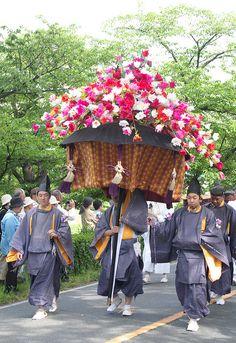 #Japan aoi-matsuri