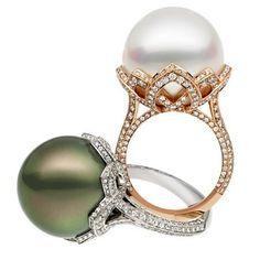 Arabesque Unique Pearl Ring