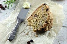 Irish Fare: Rosemary Rum Raisin Soda Bread with Pecans - Foodista.com