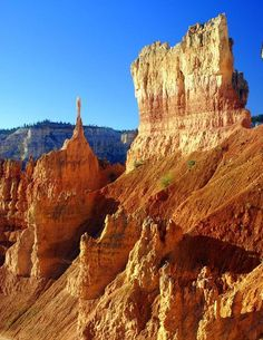 Bryce Canyon in Bryce Canyon National Park, Utah, USA.I want to go see this place one day. Bryce Canyon Utah, Grand Canyon, Badlands National Park, Us National Parks, Monument Valley, Nationalparks Usa, Salt Lake City, National Geographic, Roadtrip