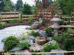 japanese garden Japanese Patio Ideas, Japanese Art, Japanese Gardens, Chinese Garden, Backyard, Outdoor Decor, Garden Ideas, Asia, Mom