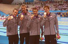 4×100m medley relay winners ( LONDON)