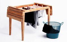 DryUnder Table. DryUnder è un tavolo da balcone che si trasforma velocemente in uno stendi biancheria. Realizzato in legno di bambù, è ideale per piccoli appartamenti. Via designyoutrust.com