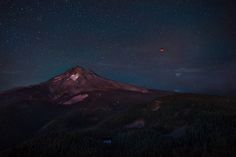 I Trie All Four Times To See The Bloo Moon Over The Last Couple Years. Finally On My Fourth Attempt I Saw One Of The Coolest Things In My Life. Bad Moon Rising Mt. Hood Oregon