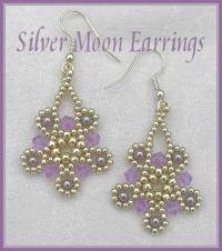 Silver Moon Earrings de http://www.cbbeads.com/