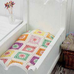 Ravelry: Daisy Baby Blanket pattern by Carmen Heffernan