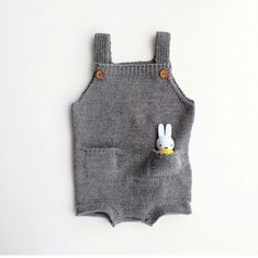 Crochet Baby Romper Bunny 62 Ideas For 2019 Baby Boy Knitting, Knitting For Kids, Baby Outfits, Kids Outfits, Baby Kind, My Baby Girl, Little Fashion, Kids Fashion, Couture Bb
