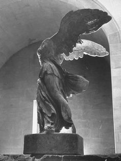 greek statue size: Photographic Print: The Winged Victory of Samothrace Statue in the Louvre Museum, Probably Dating from Third : Fine Art Statue Tattoo, Winged Victory Of Samothrace, Greek Statues, Aesthetic Painting, Aesthetic Statue, Greek Art, New Art, Art History, Victorious