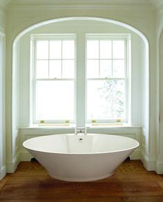 soaking tub on raised platform in tiny tiny smal bathroom - Google Search
