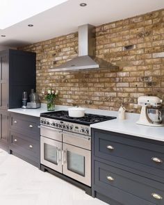 Stunning exposed brickwork highlights the range and beautiful After Midnight Shaker Kitchen Company cabinetry so well. Open Plan Kitchen Living Room, Home Decor Kitchen, Kitchen Interior, Home Kitchens, Decorating Kitchen, Country Kitchen, Decorating Ideas, Brick Wall Kitchen, Kitchen Flooring