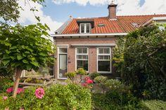 In het centrum van Oud-Beijerland zit dit leuke huisje uit 1910 verstopt.