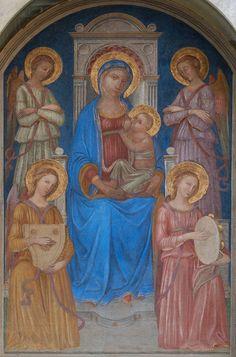 """Affresco staccato """"Madonna in trono con il Bambino e Angeli"""", del Maestro di Signa della prima metà del XV secolo, nel Tabernacolo di via San Giovanni- Borgo San Frediano - Firenze"""
