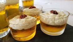 Jello au sirop d'érable avec sa crème fouettée au sirop de bouleau Creme, Tableware, Glass, Glass Dishes, Jello Recipes, Dinnerware, Drinkware, Tablewares, Corning Glass