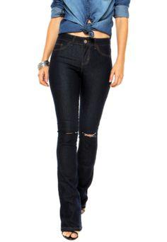 Dafiti CollectionCalça Jeans DAFITI ONTREND Flare Navalhada azul com pespontos contrastantes, cinco bolsos, sendo dois falsos, e recortes navalhados. Modelagem skinny e fechamento por botão e zíper. Confeccionada em jeans 81% Algodão / 17% Poliéster / 2% Elastano. Medidas: Cintura: 70cm / Quadril: 82cm / Gancho: 24cm / Comprimento: 114cm - Tamanho: 36.Medidas da Modelo: Altura: 1,75m / Busto: 84cm / Cintura: 60cm / Quadril: 89cm.