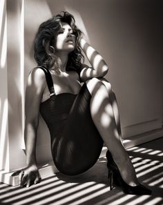 Jessica Biel Photographed by Vincent Peters. Yes!  This woman has old style glamour. She reminds me somewhat of Ava!