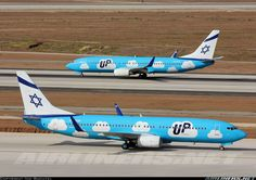 Boeing 737-804 aircraft picture