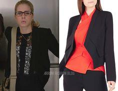 "Felicity wears BCGBMAXAZRIA in 4x17 ""Beacon of Hope"""