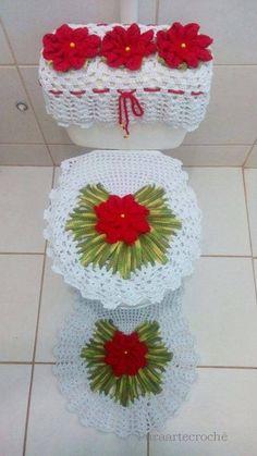 Christmas Time, Christmas Crafts, Christmas Decorations, Xmas, Holiday Decor, Crochet Diagram, Crochet Patterns, Diy Y Manualidades, Bathroom Sets