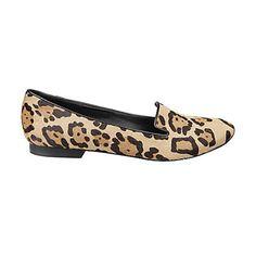 Mocassin à motifs léopard, de Steeve Madden. Prix: 79.95$. Info: stevemadden.com