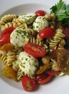 "A ""No Recipe"" Recipe: Pasta Salad with Lemon-Herb Vinaigrette"