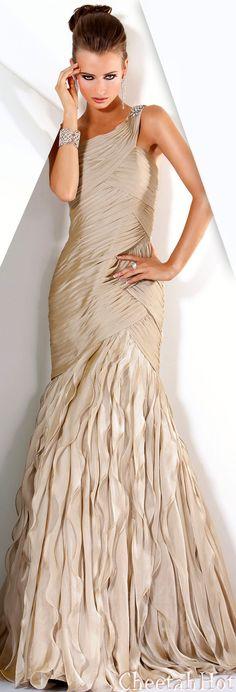 JOVANI - Gorgeous Gown