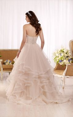 D2169 Princess ball gown wedding dress with sweetheart bodice by Essense of Australia