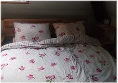 Unser Bett wurde aufgebaut mit einigen Missgeschicken