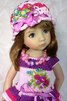 VK is the largest European social network with more than 100 million active users. Crochet Doll Dress, Crochet Hats, Woolen Clothes, Baby Barbie, Indian Dolls, Realistic Dolls, Pretty Dolls, Little Darlings, Doll Patterns