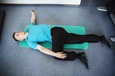 Selän fasettilukot – näin avaat ne itse - Ihmiset - Aamulehti Pilates, Life Hacks, Health Fitness, Challenges, Anna, Pop Pilates, Fitness, Lifehacks, Health And Fitness