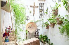 Beautiful decor at Cetli Restaurant in Tulum, Mexico Wood Burning Oven, Sustainable Food, Tulum Mexico, Ladder Decor, Sustainability, Restaurant, Photography, Beautiful, Space