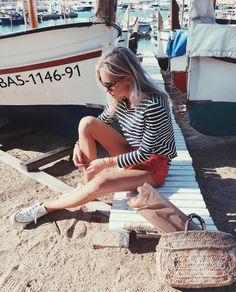 All aboard! ⛵ Nautical chic look on claartjerose