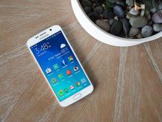10 things you need to know about the Samsung Galaxy S6:- The latest Galaxy S is an altogether new device — two of them, actually — and there's a lot to take in.