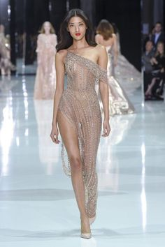 Ralph & Russo Spring 2018 Couture Collection