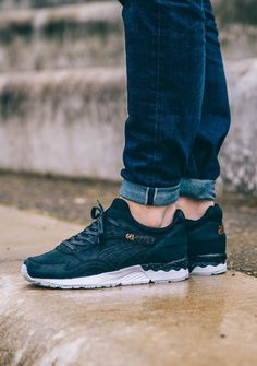 Asics Gel Lyte V: Black/Rose Gold