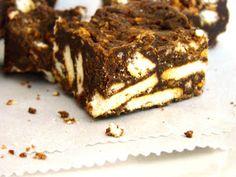 I Love This and That: biscuit fudge {zebra fudge}