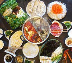 Healthy Homemade Sichuan Hot Pot from Scratch 健康四川麻辣香锅 火锅 Asian Recipes, Gourmet Recipes, Soup Recipes, Healthy Recipes, Ethnic Recipes, Asian Foods, Shabu Shabu Recipe, Japanese Soup, Beef And Potatoes