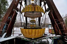 Ukraine, Chernobyl / Pripyat, Chernobyl Zone of Exclusion, The Abandoned Ferris Wheel in Pripyat Amusement Park by MY2200, via Flickr
