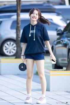 Fashion Idol, Pop Fashion, Girl Fashion, Kpop Girl Groups, Kpop Girls, Dope Outfits, Girl Outfits, Kim Sejeong, Jordans Girls
