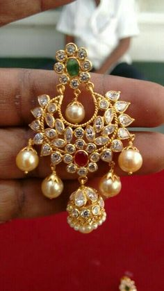O Jewelry Design Earrings, Gold Earrings Designs, Gold Jewellery Design, Gold Jewelry, Antique Jewellery Designs, Indian Jewelry Sets, Blouse, Dots, Gold Jewellery