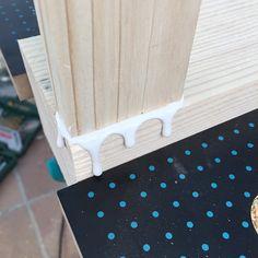 Oro y Menta: Como hacer una mesa de comedor de exterior DIY Exterior, Gardens, Diy Projects, Dining Table, Mesas, Furniture, Gold, Outdoor Rooms