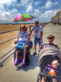 """Walk to Defeat ALS team """"Fowble Fighters"""" at the Virginia Beach Walk to Defeat ALS. Image courtesy of Denise Borte and Tasha Bangert"""