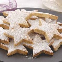 These light, crumbly little biscuits are just the thing to serve with home-made ice creams. They could also be packed into boxes or jars for a home-made Christmas gift.Walnut Shortbread can also be made in advance and then frozen. Christmas Sweets, Christmas Baking, Christmas Cookies, Christmas Recipes, Christmas Biscuits, Christmas Hamper, Xmas Food, Handmade Christmas, Christmas Ideas