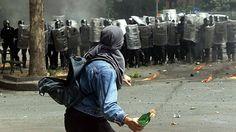 Des manifestants qui protestaient lors de la tenue du sommet du G8 à Gênes en 2001 ont bel et bien été torturés, a reconnu mercredi le chef de la police italienne Franco Gabrielli. Il s'agit de la plus importante reconnaissance officielle de culpabilité...