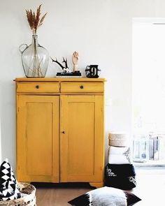 Perfecte gele tint! @birchandbirddecor #interieur #interieurinspiratie #interiorgoals #interieurstyling