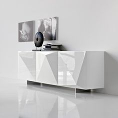 Facets: Kayak 3 Sideboard